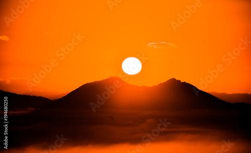 Foto op Canvas Oranje eclat 아름다운 일출 풍경