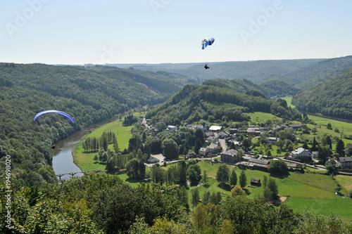 Papiers peints Bleu ciel Semois parapente voile vol parachutte