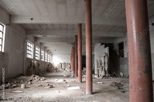 Aluminium Oude verlaten gebouwen Fábrica antiga e abandonada