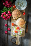 Bio sandwich with radish, creamy cheese and tomatoes - 194817478