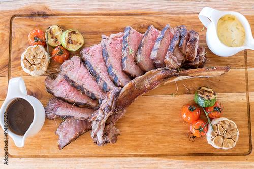 Aluminium Steakhouse Grilled tomahawk steak