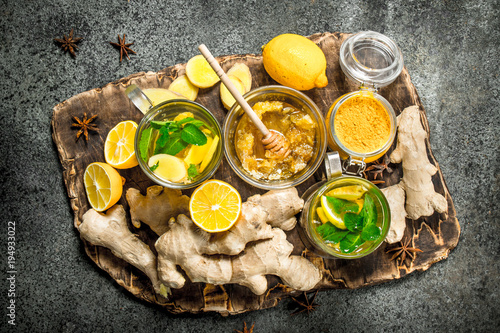 Fototapeta Ginger tea with mint and honey.