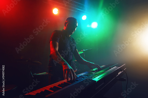 The Keyboard plays the electronic piano.