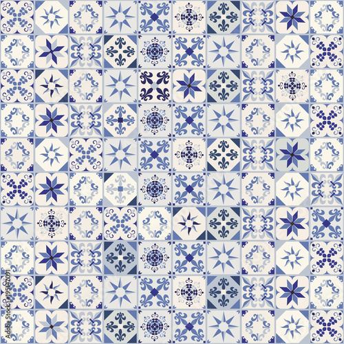 Seamless pattern of hydraulic tiles, typical of Spain, Italy and Portugal. Oriental style. - 195147091