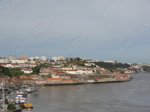 Aluminium Bleke violet Porto, Portugal