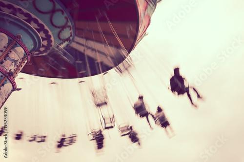 Foto op Aluminium Amusementspark Speedy Chairoplane