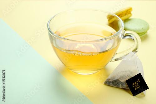 Papiers peints The mint tea and a macaroon