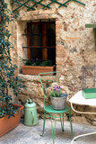 Small patio in italy - 195328892