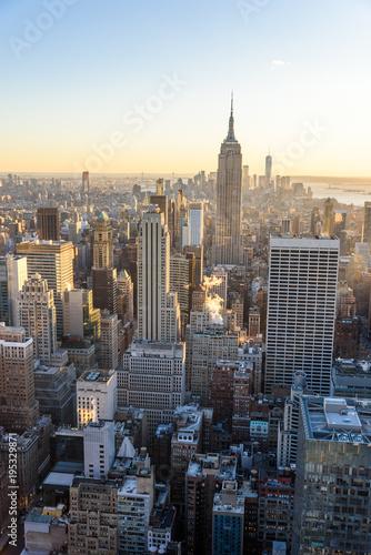 Foto op Aluminium New York Lower Manhattan Downtown skyline panorama from Brooklyn Bridge Park riverbank, New York City, USA