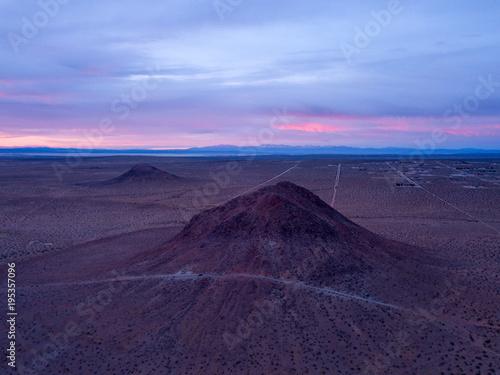Fotobehang Aubergine Desert Sunrise