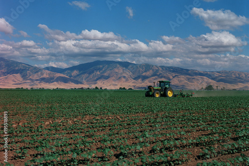 Aluminium Trekker Carrot Tractor 1343