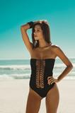 Fashion woman at beach - 195612411