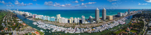Foto op Canvas Panoramafoto s Aerial panorama Miami Beach Boat Show 2018