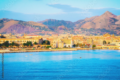 Fotobehang Palermo Sunrise at Mediterranian sea and Palermo old city