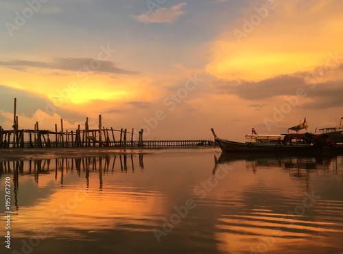 Staande foto Zee zonsondergang The sunset