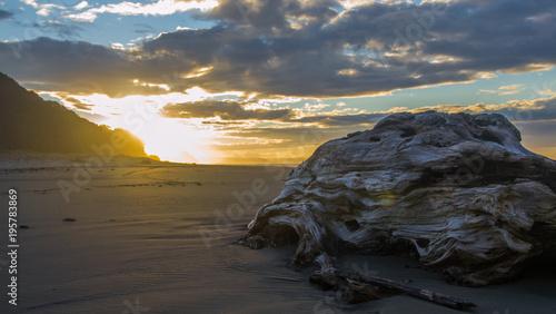 Fotobehang Strand sunse tin new zealand