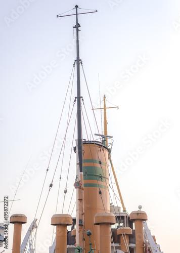 Fotobehang Schip Funnel and Mast