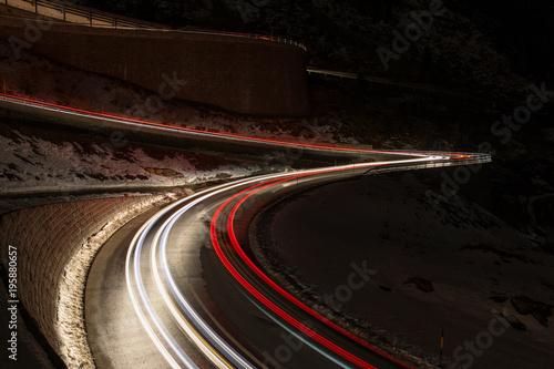 Aluminium Nacht snelweg Schöllenenschlucht bei Nacht