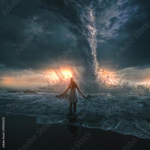 Kobieta i tornado