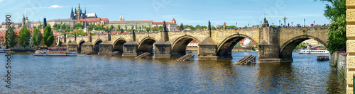 In de dag Praag Panorama of Charles Bridge against of the Lesser Town, Prague