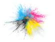 CMYK Farbe Pulver Explosion von Cyan Magenta Gelb Schwarzem Toner oder Tinte für Drucker
