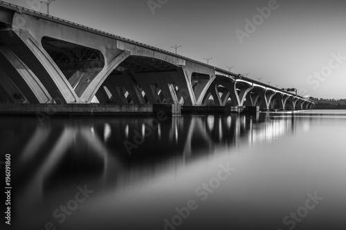Fototapeta Bridge in black and white