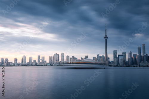 Foto op Plexiglas Shanghai Modern buildings in Toronto city skyline at night, Ontario, canada