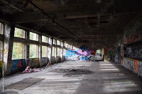 Aluminium Oude verlaten gebouwen sanatorium aile B 05