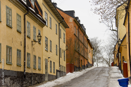 Aluminium Smalle straatjes Old houses at Sodemalm in Stockholm a winter day