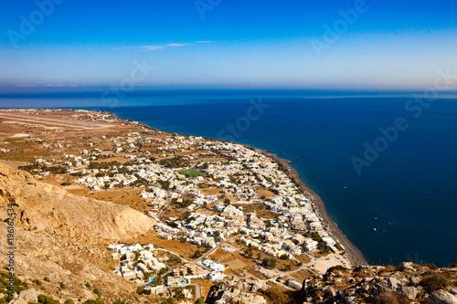 In de dag Santorini Aerial view town Perissa to Kamari in Santorini Greece