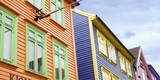 Casas de madera de colores en Stavanger - 196313067