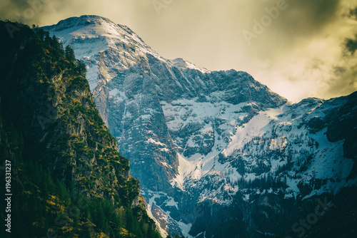 In de dag Beige Totes Gebirge