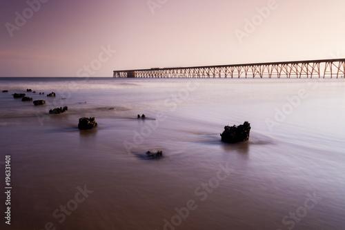 Staande foto Zee zonsondergang Steetley Pier