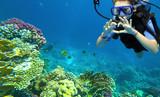 girl diver - 196351272