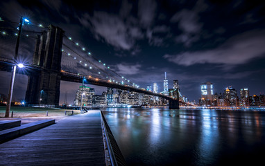 Brooklyn Bridge and New York skyline from Brooklyn