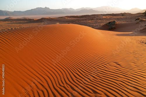 Fotobehang Rood traf. NamibRand-Naturreservat