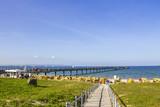 Auf dem Weg zum Strand, Insel Rügen  - 196550850
