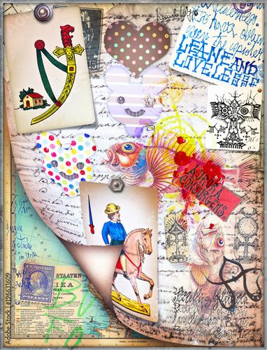 Aluminium Imagination Sfondo con tarocchi,manoscritti e disegni esoterici,alchemici e astrologici