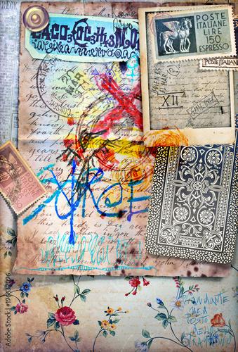 Tło z tajemniczymi manuskryptami, wzorami chemicznymi, starymi znaczkami pocztowymi i ezoterycznymi rysunkami