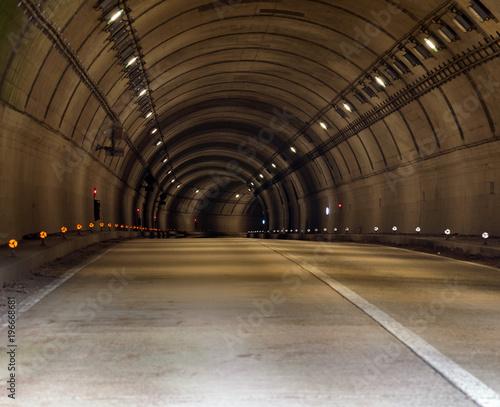 Aluminium Nacht snelweg Tunnel Road