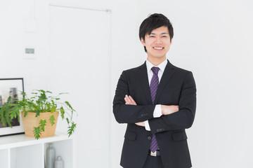 笑顔の男性 ビジネス