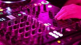 Deejay electro en action  - 196783434