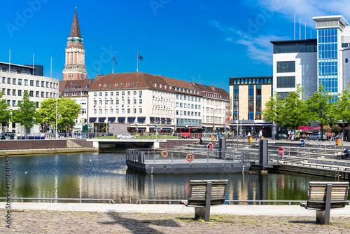 Leinwanddruck Bild Landeshauptstadt Kiel - Innenstadt am Bootshafen - 1997