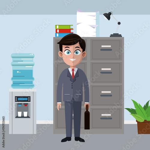 Biznesmen kreskówka przy biurowym wektorowym ilustracyjnym graficznym projektem