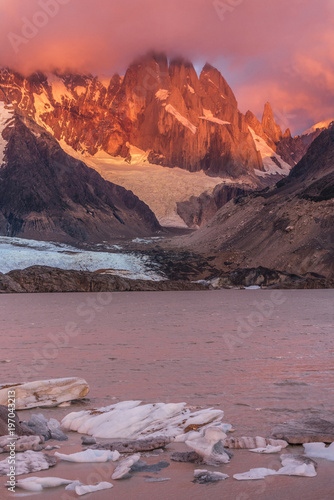 Aluminium Fyle Cerro Torre coming out from the clouds at Laguna Torre