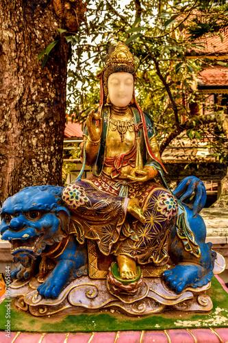 Fotobehang Boeddha Buddha statue Bell Relics serpent king Monastery