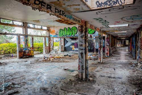 Bâtiments abandonnés Urbex - 197253672