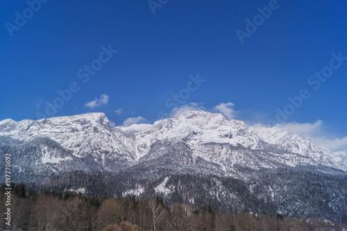 Fotobehang Lavendel Winterlicher Berg