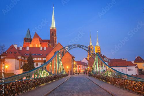 Wrocław, Polska - Widok na Stare Miasto Ostrów Tumski