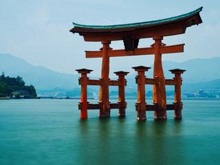 Japan Tori schwimmend Tor  © prempict